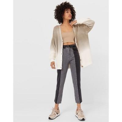 ストラディバリウス レディース デニムパンツ ボトムス Stradivarius straight leg patchwork jeans with raw hem in black Black
