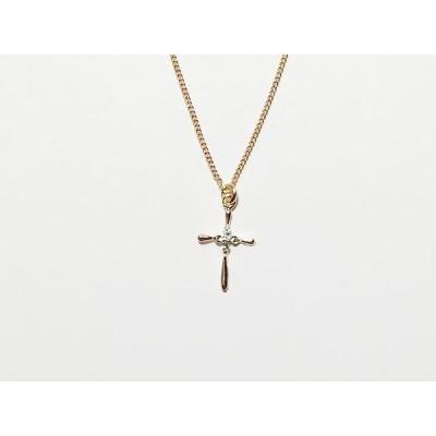 【ゆうパケット送料無料】 ネックレス ニッケルフリー 中心でスワロフスキーの光る十字架のネックレスプチペン