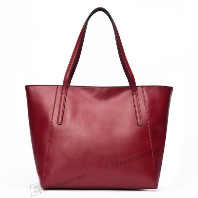 上品で女性らしい 工房直販価格 在庫処分  革製のハンドバッグ レディース ショルダーバッグ 軽い PUレザー 身軽に ポケット多い
