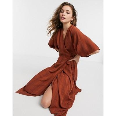 リクオリッシュ レディース ワンピース トップス Liquorish kimono sleeve wrap midi dress in chocolate brown Chocolate