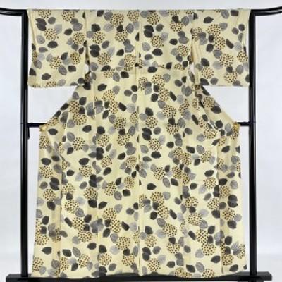 小紋 美品 逸品 志ま亀 畳紙付 紫陽花 ちりめん 薄黄 単衣 身丈155.5cm 裄丈63cm S 正絹 中古