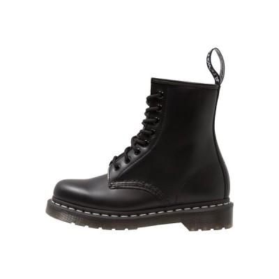 ドクターマーチン ブーツ&レインブーツ メンズ シューズ 1460  BOOT - Lace-up ankle boots - black/white