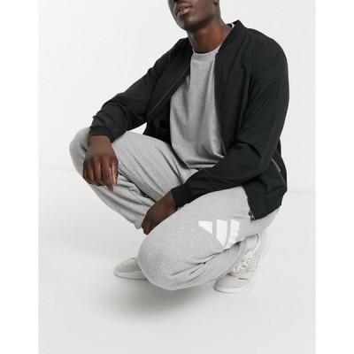 アディダス メンズ カジュアルパンツ ボトムス adidas Training 3 Bar logo sweatpants in gray