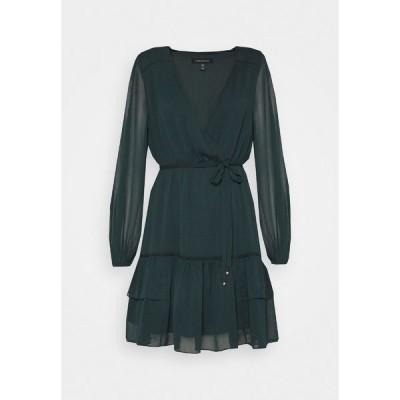 フォーエバー ニュー ワンピース レディース トップス SHELLEY PINTUCK SKATER DRESS - Cocktail dress / Party dress - green