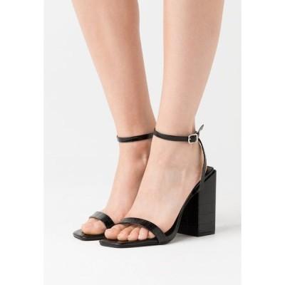 ミスガイデッド サンダル レディース シューズ CHUNKY BLOCK BARELY - High heeled sandals - black