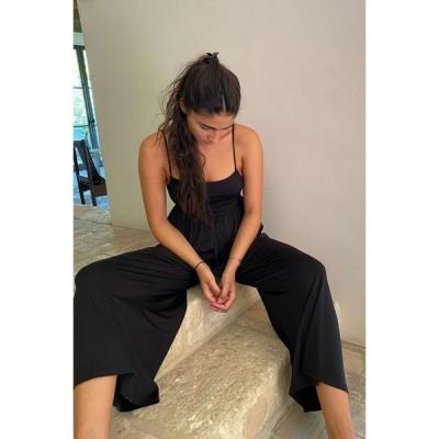アーバンアウトフィッターズ Urban Outfitters レディース オールインワン ジャンプスーツ ワイドパンツ uo mary kate wide leg jumpsuit Black