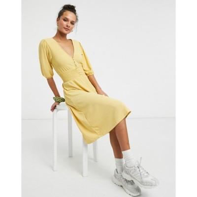 モンキ レディース ワンピース トップス Monki Zoey shirred waist midi dress in yellow