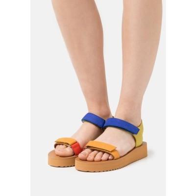 メイドウェル レディース 靴 シューズ MAGGIE - Platform sandals - crisp marigold/multicolor