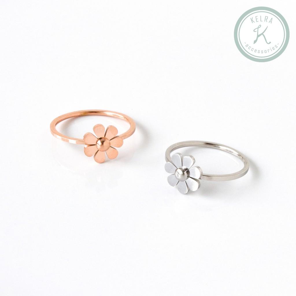 【KELRA】鈦鋼小花朵防水戒指