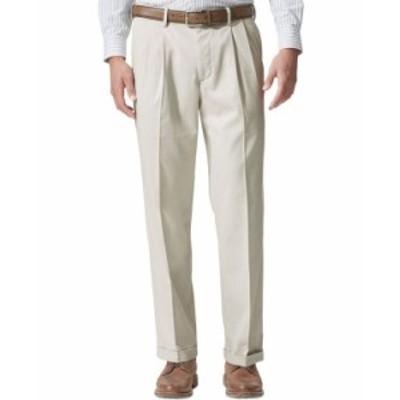 ドッカーズ メンズ カジュアルパンツ ボトムス Men's Comfort Relaxed Pleated Cuffed Fit Khaki Stretch Pants Light Gray