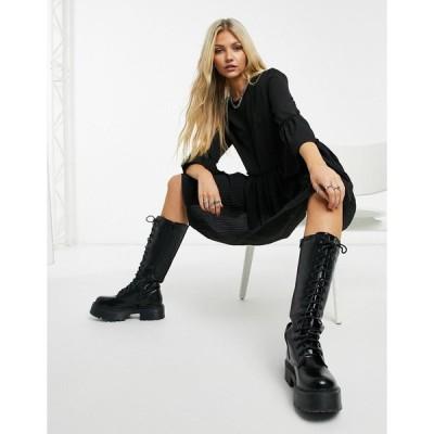 ネイキッド ミニドレス レディース NA-KD round neck pleated mini dress in black エイソス ASOS ブラック 黒