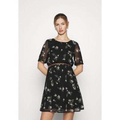 ヴェロモーダ ワンピース レディース トップス VMFALLIE BELT DRESS - Day dress - black/exotic hallie
