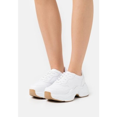 レディース 靴 シューズ HONEY SOLE - Trainers - white
