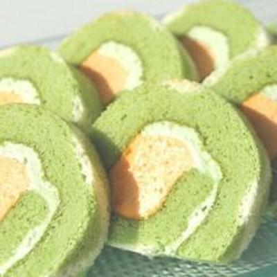 564(T564) 「大人気!一口サイズにあらかじめカットしてある食べやすいロールケーキ」北海道メロンケーキ 210g
