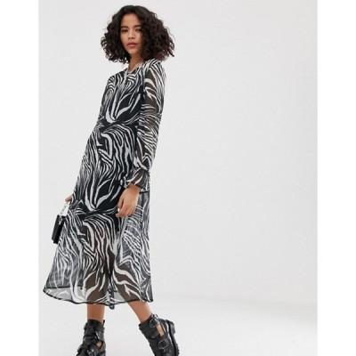 リクレイム ヴィンテージ レディース ワンピース トップス Reclaimed Vintage inspired midi sheer smock dress in animal print
