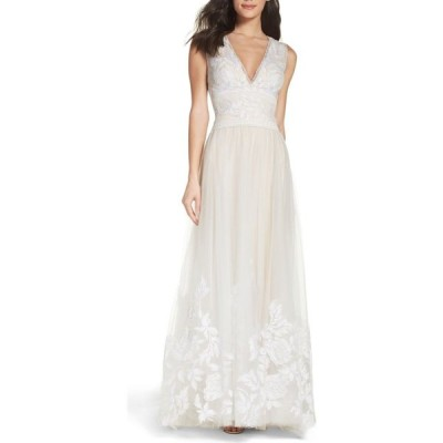 タダシショージ TADASHI SHOJI レディース パーティードレス ワンピース・ドレス Tulle Lace A-Line Gown Ivory/Petal