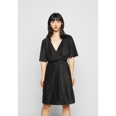 ヴィラ プティ ワンピース レディース トップス VIAUBREY  DRESS  - Day dress - black