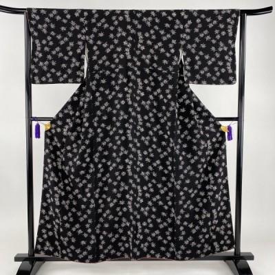 小紋 美品 秀品 菊 黒 袷 身丈156.5cm 裄丈63cm S 正絹 中古 PK70