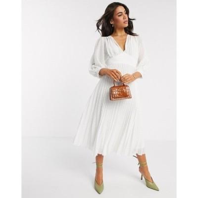 エイソス レディース ワンピース トップス ASOS DESIGN pleated batwing midi dress in chevron dobby in white