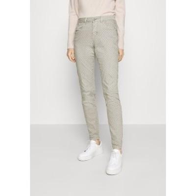 クリーム レディース カジュアルパンツ ボトムス ANNIE PRINTED COCO FIT - Trousers - dusty grey dusty grey