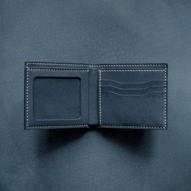 3卡相片短夾。手縫皮革材料包。BSP025