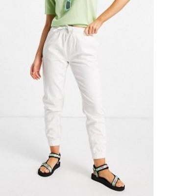 ニュールック レディース カジュアルパンツ ボトムス New Look lightweight denim sweatpants in off white Off white