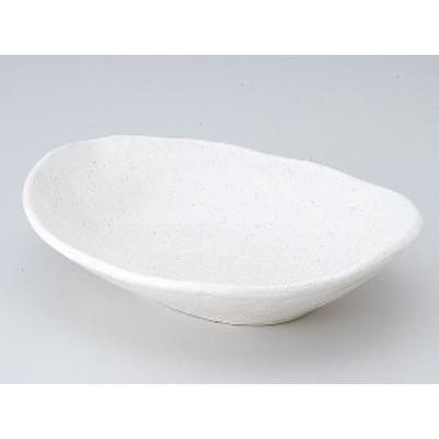 斑点粉引楕円盛鉢