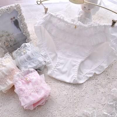 日本の小さなフレッシュフリルプリンセスコットンピュアコットンカラーコットントライアングルガールかわいい刺繡レディース下着