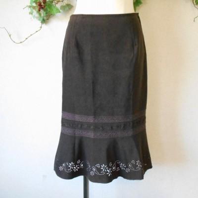 レストローズ LEST ROSE 秋冬 向き カットワーク の 素敵 な スカート 日本製 M