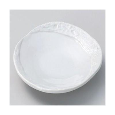 皿 彫刻白釉取皿 高さ28mm×(手付・はみ出し部分含む)長さ:158・口径:145/業務用/新品