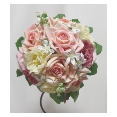 クラッチブーケ。グラデーションがきれい。高品質な造花使用。ウェディングやインテリアに