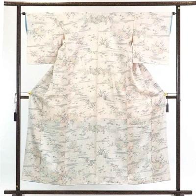 リサイクル着物 小紋 正絹白地縫締め絞り調袷小紋着物