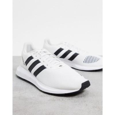 アディダス adidas Originals メンズ スニーカー シューズ・靴 Swift Run RF trainers in white ホワイト
