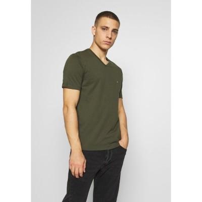 カルバンクライン Tシャツ メンズ トップス V-NECK CHEST LOGO - Basic T-shirt - olive
