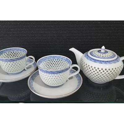 AB04 【何気ない朝を特別に♪】水晶青海波 ポット+コーヒー碗皿セット【波佐見焼】