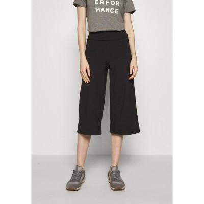 パタゴニア カジュアルパンツ レディース ボトムス STEM GEM ROCK CROPS - 3/4 sports trousers - black
