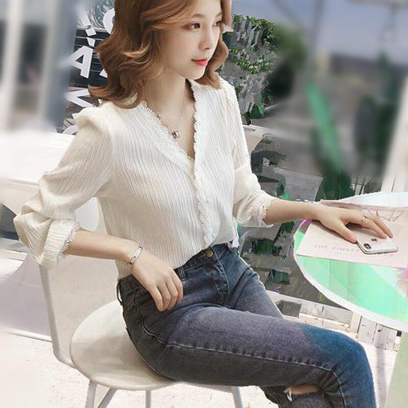 春秋新款韓版蕾絲長袖襯衫女裝洋氣內搭雪紡上衣小心機v領打底衫