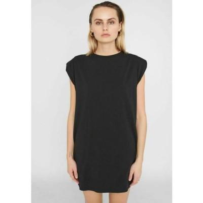 ノイズィーメイ レディース ファッション NMMINNA PADDED DRESS - Jersey dress - black