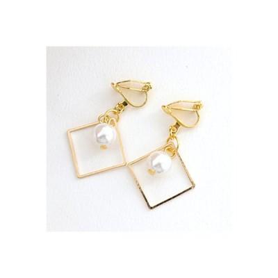ゴールドカラースクエアオープンフレーム&パールイヤリング サン宝石