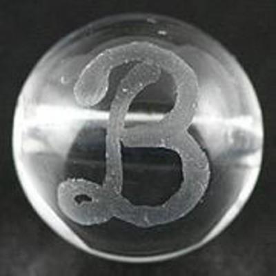 天然石 ビーズ【彫刻ビーズ】水晶 8mm (素彫り) アルファベット「B」 パワーストーン