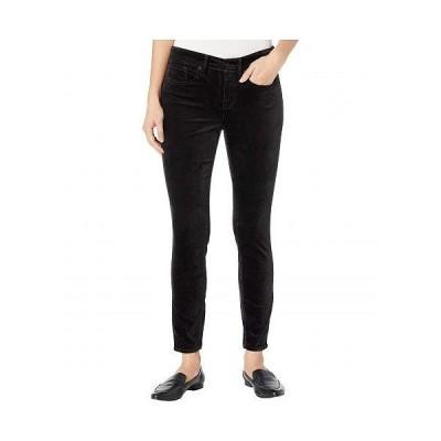 NYDJ Petite エヌワイディージェー レディース 女性用 ファッション ジーンズ デニム Petite Ami Skinny in Black - Black