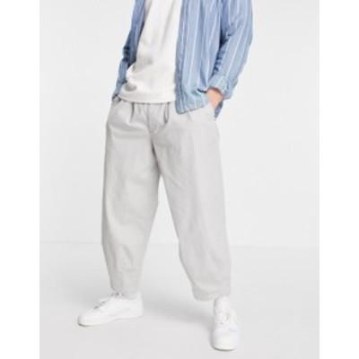 エイソス メンズ カジュアルパンツ ボトムス ASOS DESIGN wide crop chino pants in light gray High rise
