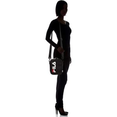 フィラ ショルダーバッグ レディース 斜めがけ カジュアル 肩掛け フェイクレザー PUレザー ロゴテープ 軽量 旅行バッグ 白 黒 紺 ブ