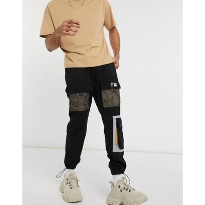 リキュールアンドポーカー メンズ カジュアルパンツ ボトムス Liquor N Poker cargo pants with pockets in black