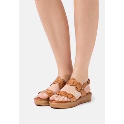 レディース 靴 シューズ NICOLETA - Platform sandals - brown