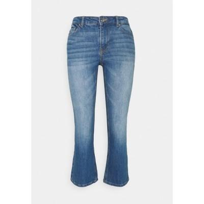 オンリー デニムパンツ レディース ボトムス ONLKENYA LIFE MID CROP - Bootcut jeans - medium blue denim