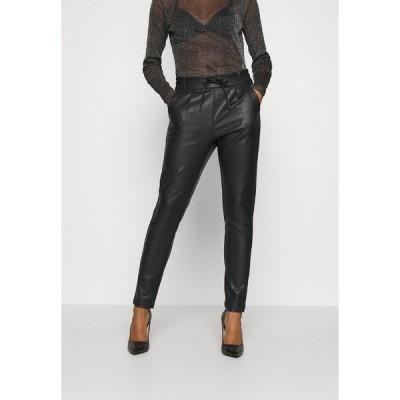 オンリー カジュアルパンツ レディース ボトムス ONLPOPTRASH EASY COATED PANT  - Tracksuit bottoms - black