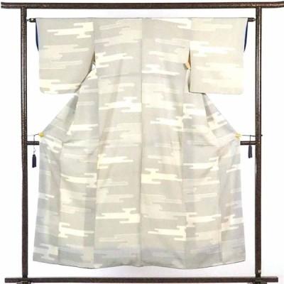 リサイクル着物 紬 正絹薄ベージュ地袷紬着物
