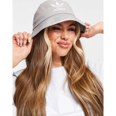 アディダス adidas Originals レディース ハット バケットハット 帽子 trefoil bucket hat in light grey グレー