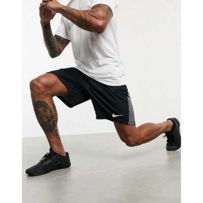 ナイキ メンズ カジュアルパンツ ボトムス Nike Training Dry shorts in black Black
